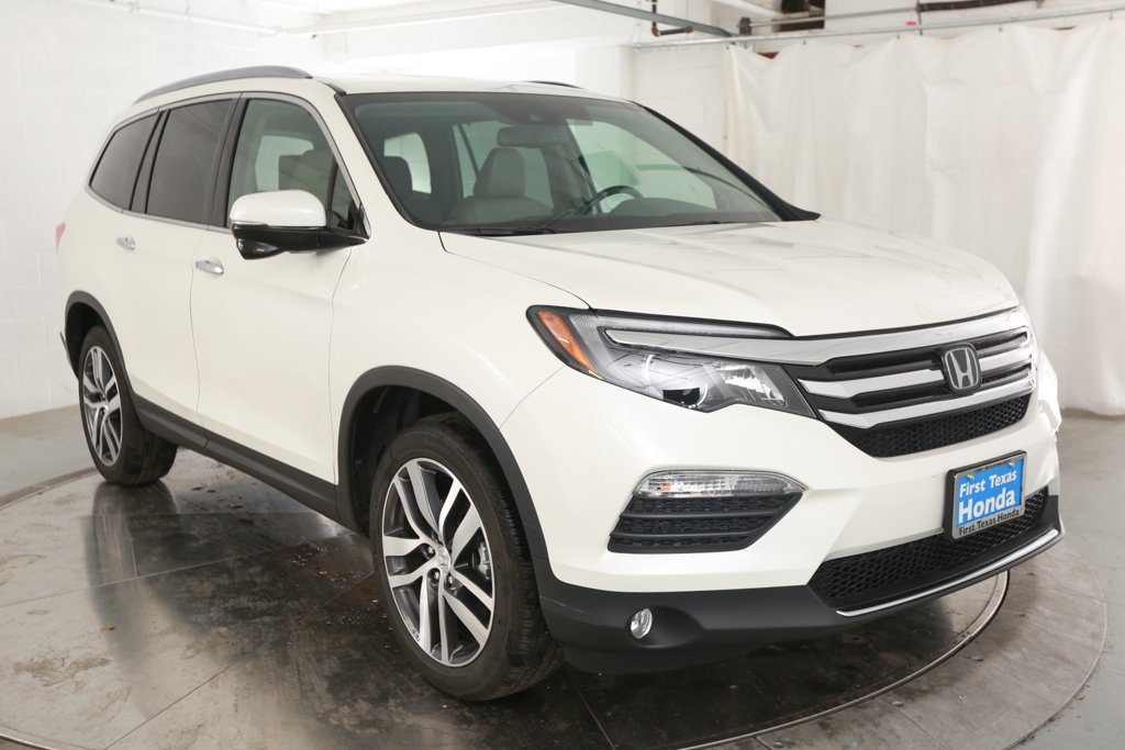 Certified Pre Owned 2018 Honda Pilot 4d Sport Utility Touring In